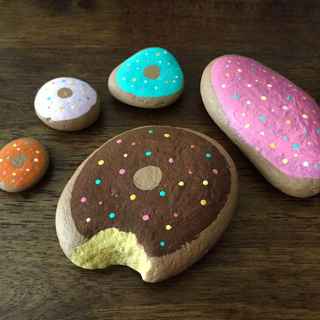 Easy rock painting ideas - how to paint donut rocks