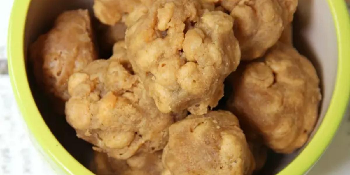 Peanut Butter–Honey Nut Cheerios Balls