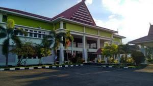 Sekwan Mulai Sebar Undangan Pelantikan Dewan di Soppeng