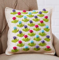 http://translate.googleusercontent.com/translate_c?depth=1&hl=es&rurl=translate.google.es&sl=en&tl=es&u=http://www.michaels.com/garden-party-lily-sugar-n-cream-tulip-pillow-crochet/B_45751.html&usg=ALkJrhjG8MJM0Ig4cswArpzHe1_-I71eVA