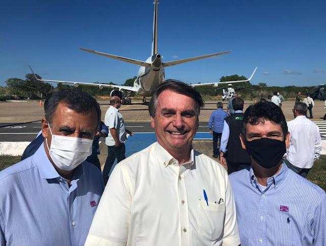 Prefeito Zito Barbosa recepciona Presidente Jair Bolsonaro, em Barreiras