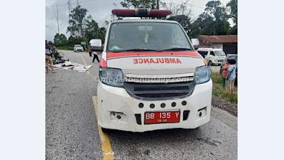 Ambulans rsud sidikalang kecelakaan