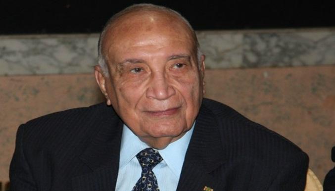 توفى اليوم وزير التربية والتعليم السابق حسين كمال بهاء الدين بعد صراع طويل مع المرض