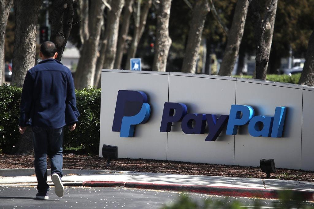 قالت PayPal يوم الجمعة إنها ستنسحب من مشروع Libra cryptocurrency ، الذي كان لديه أكثر من عشرين شريكًا من الشركات عندما أعلن Facebook ذلك في يونيو.