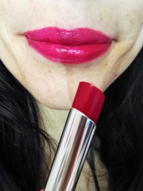 labial true color frambuesa fatal avon