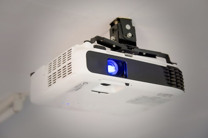 Top 5 Best LED Projector Under Rs.10000 In India 2020