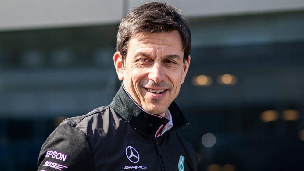 Toto Wolff, pede que a F1 se 'junte' em meio ao desligamento de coronavírus