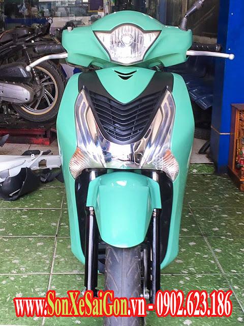 Sơn xe Honda Sh màu xanh ngọc cực đẹp.