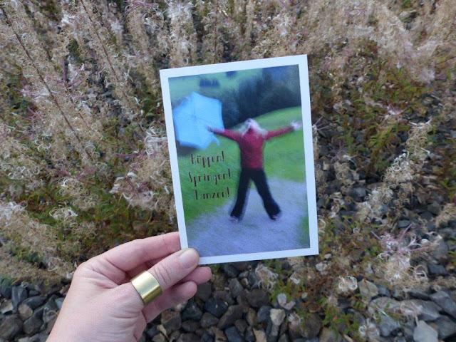 Fräuleins wunderbare Welt Postkarte