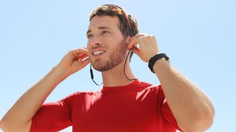 Megbetegíthet a fülhallgató