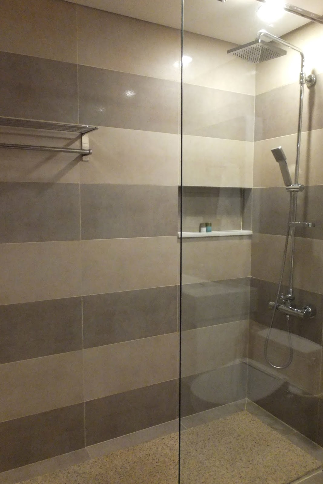 hcmc-serviced-apartment-showerroom