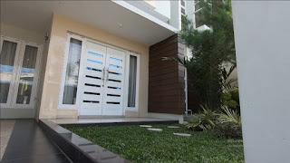 Tampak Depan rumah mewah 2 Lantai ready dan siap huni dekat pintu tol Helvetia Medan - Villa Citra Mandiri