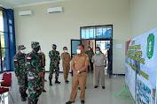 Bupati, Kapolres Dan Dandim Meninjau Penanganan PMI di Entikong