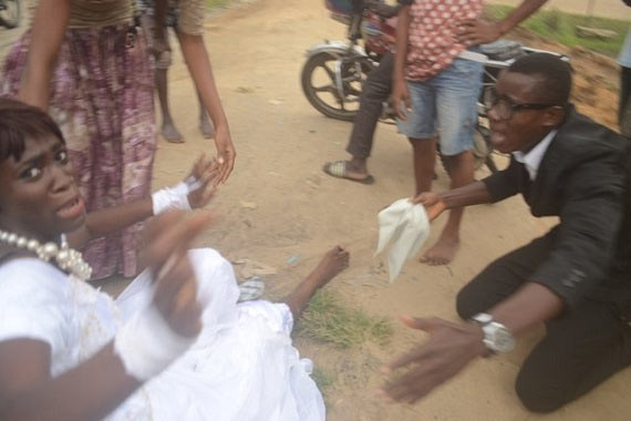 Update: Bride dumps groom in wedding hall after sighting her long lost lover in Delta State