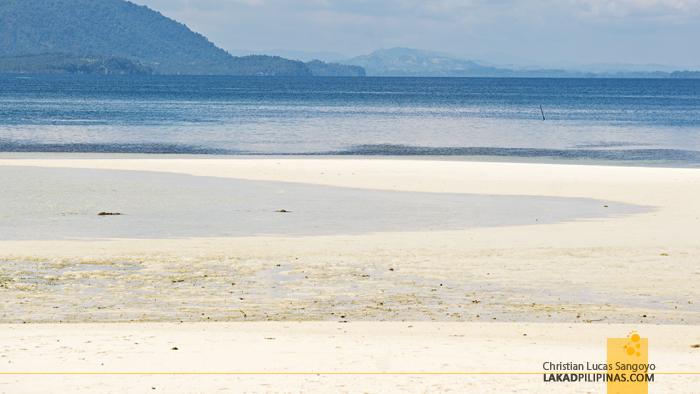 Once Islas Sirumon Island Sandbar