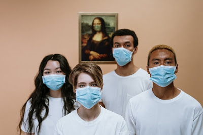People wearing mask to prevent virus