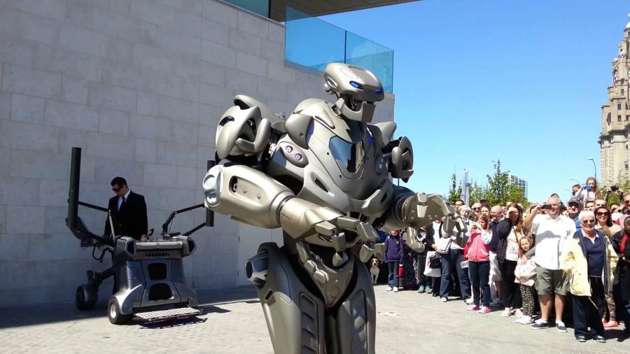 roboți în centrele comerciale)