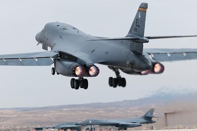 USAF grounds B-1B bombers