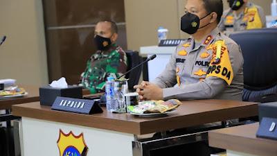 Kapolda Riau Bersama Danrem Serta Danlanud ikuti Rapim TNI/Polri Tahun 2021 Secara Virtual.