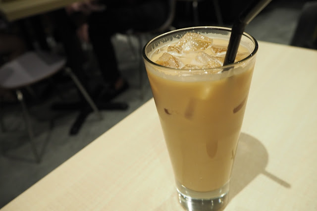 the wicked garlic chai tea  singapore orchard cineleisure