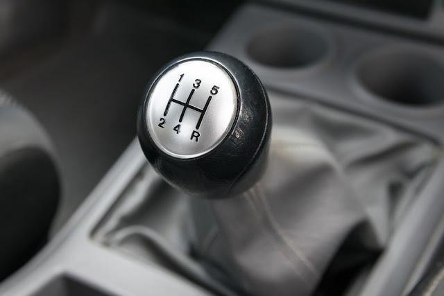 signes que votre voiture ne se déplace pas correctement