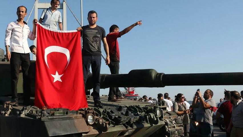 Τουρκία: Ισόβια σε 4 απόστρατους στρατιωτικούς