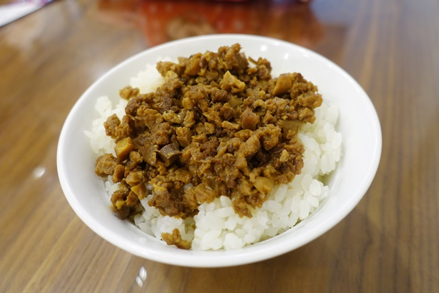 慧萊素食素肉燥飯