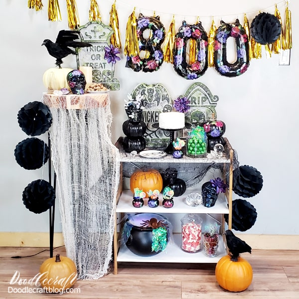 Make all your Halloween party decorations match and coordinate with each other using Plaid FolkArt craft paints. Achieve amazing stone-like effects, moss, iridescent shimmers and more using FolkArt paint.
