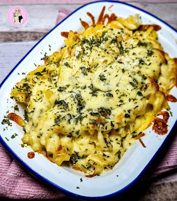 Cheesy garlic bread pasta bake recipe low calorie