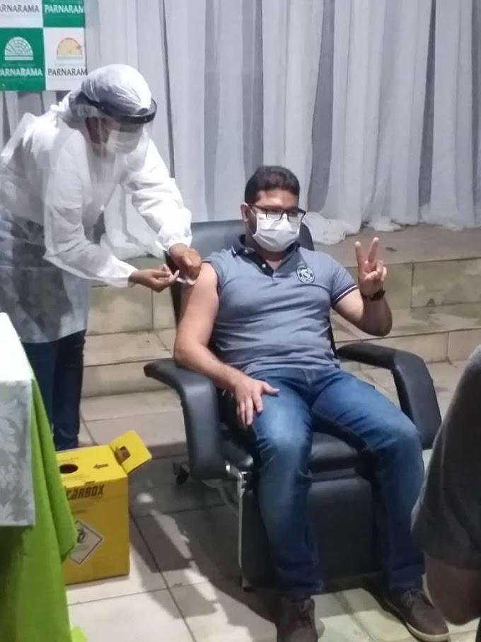 CoronaVac: Primeiro lote da vacina chega em Parnarama; confira os primeiros vacinados