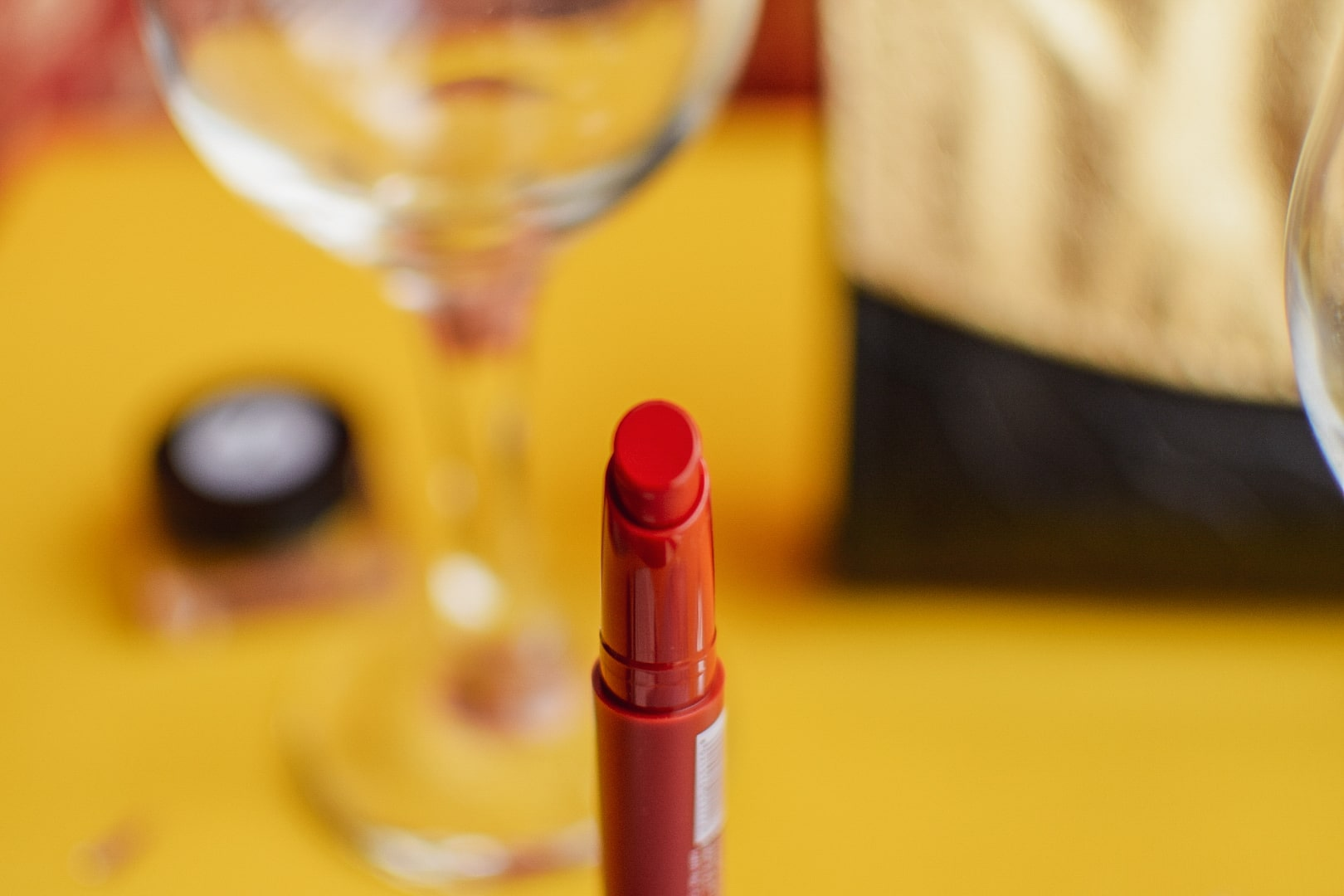 Teen Teen Colorlife Non Transfer Lipstick - Ruby Red
