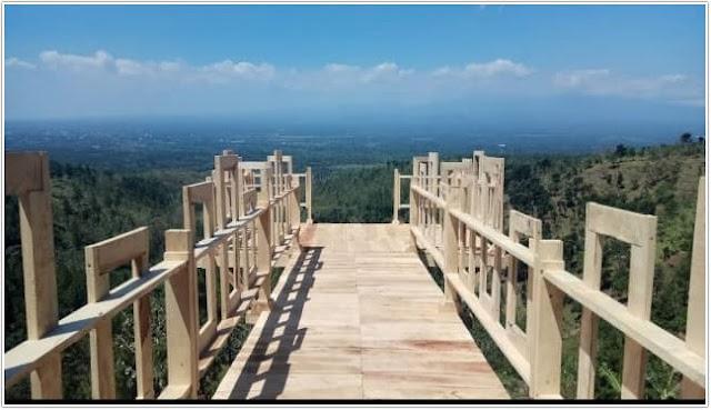 Bukit Mahadewa;10 Top Destinasi Wisata Bondowoso;