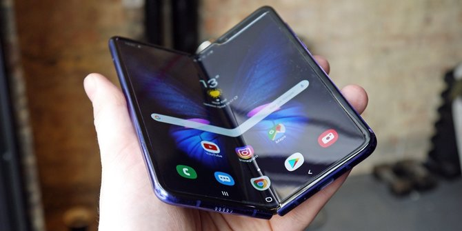 Rumors of Samsung Galaxy Fold Lite Will Be Released Next Year