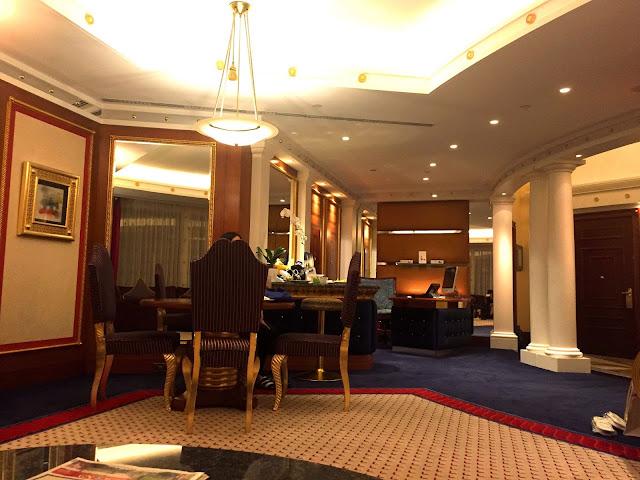 Burj Al Arab Suite - Best luxury hotels in Dubai