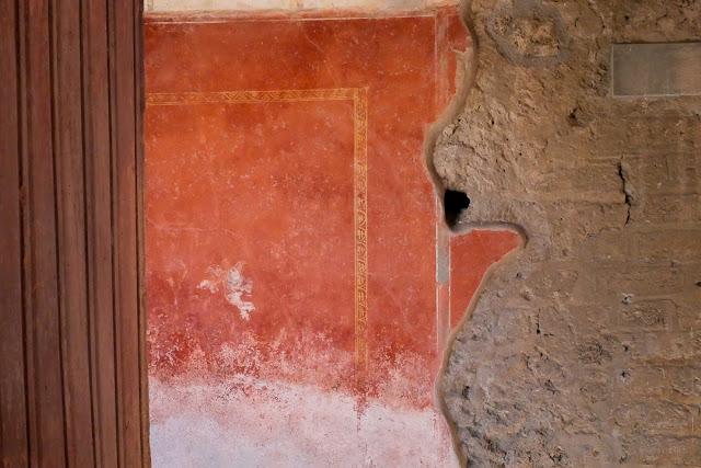 Dettaglio di un muro a Pompei