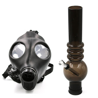 Acrylic Skull Gas Mask Tobacco Hookah Pipe Straight Hose Pipe with a Spring Pipe