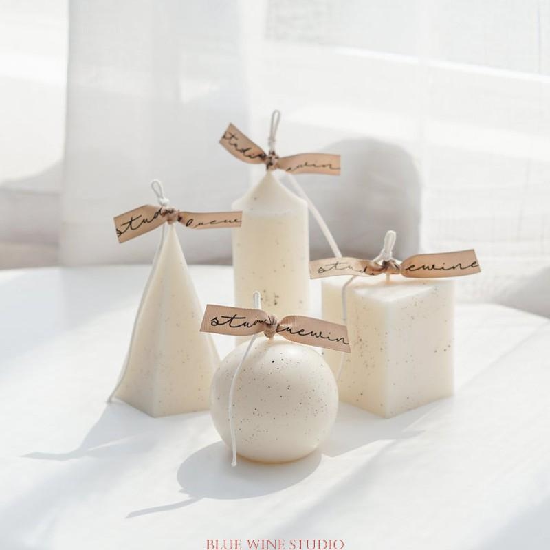 Velas perfumadas e decorativas para uma casa aconchegante