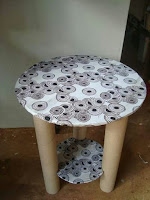 Muebles hechos con tubos de cartón