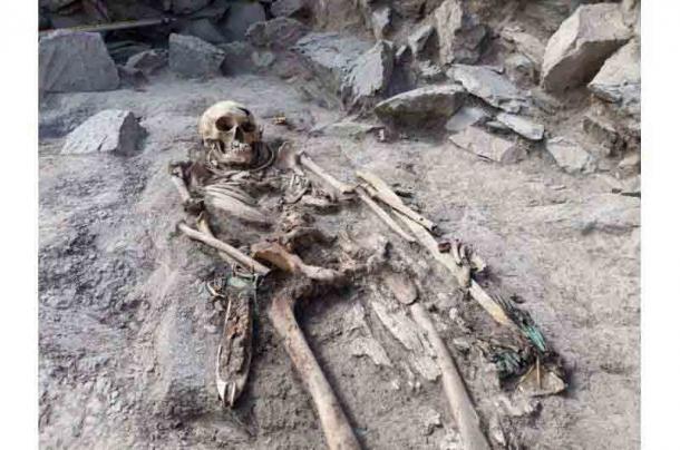 Resti di sepoltura dalla necropoli di Eleke Sazy nel Kazakistan orientale.