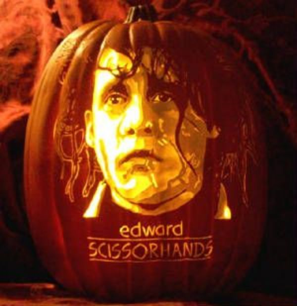 Cool Pumpkin carving - Edward Scissorhands