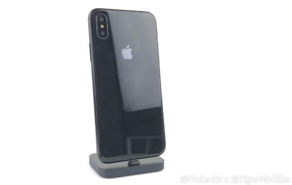 فيديو جديد لهاتف آيفون 8 بتقنية 3D