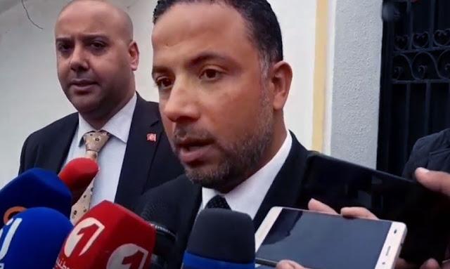 تونس ـ  ظهر بها اليوم : بدلة سيف الدين مخلوف تثير سخرية التونسيين ... (صورة)