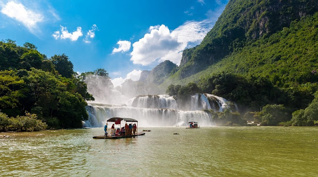 Travel Journey to Cao Bang in Vietnam