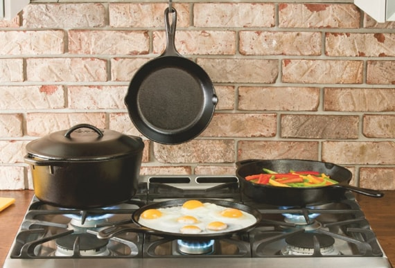 Skillet and pots set