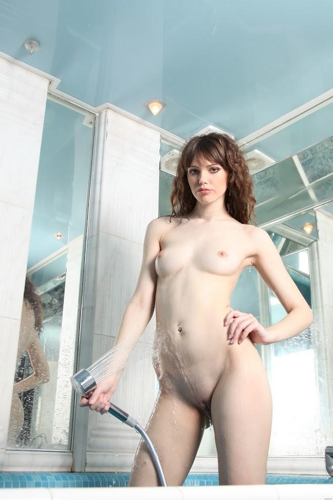 806838 [Zemani] Liza A - Wet Mirror