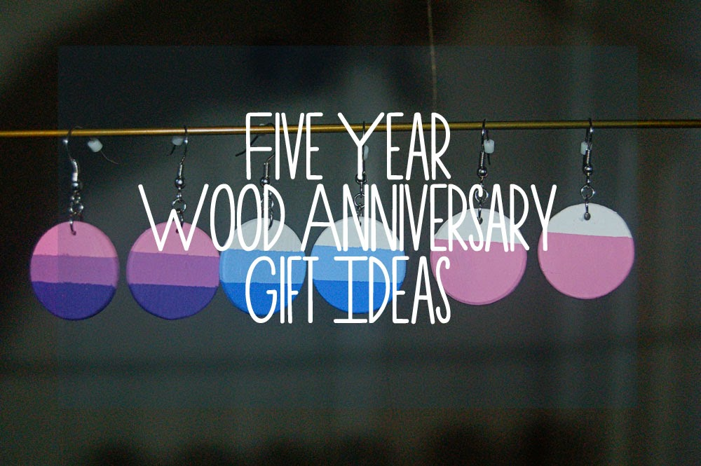 The Siberian American: Our Five Year Wood Anniversary Gifts