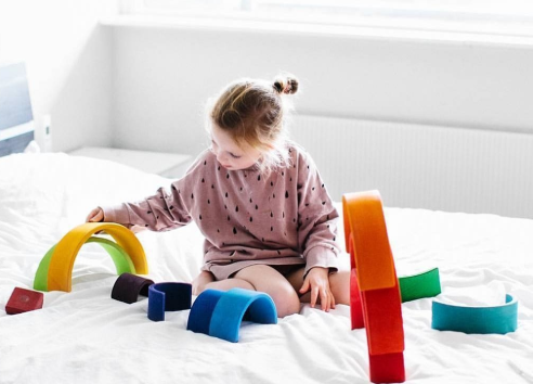 How to Choose Toys to Help Children Get Healthy