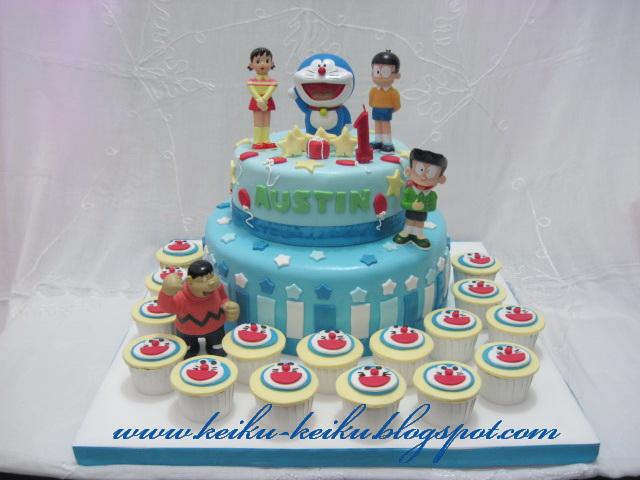 Keiku Cake Doraemon 2 tiers cake and cupcake