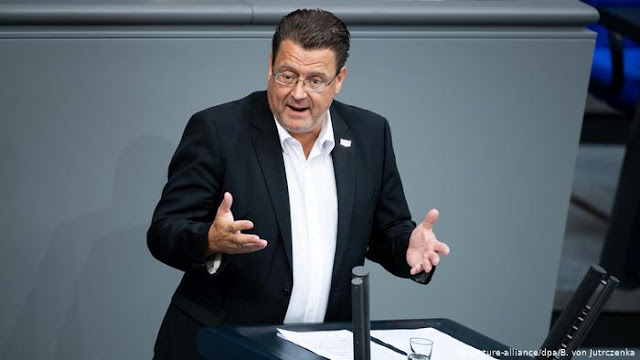 AfD politician Brandner loses chairmanship of the Bundestag right wing committee