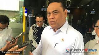 Menteri Pendayagunaan Aparatur Negara dan Reformasi Birokrasi (MenPAN-RB) Syafruddin mengajak eks honorer K2 (kategori dua) usia di atas 35 tahun mengikuti seleksi Calon Pegawai Pemerintah dengan Perjanjian Kerja (PPPK).